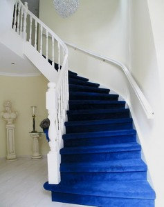 blauw-tapijt-trap